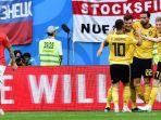para-pemain-belgia-merayakan-gol-thomas-meunier-ke-gawang-inggris-di-piala-dunia-2018_20180715_075424.jpg