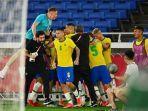 para-pemain-timnas-brasil-merayakan-gol-malcom.jpg