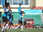 para-pemain-timnas-indonesia-u-23-menjalani-pemusatan-latihan-tc-di-tajikistan.jpg