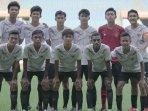 para-pemain-timnas-u-16-indonesia-dalam-pemusatan-latihan-di-stadion-patriot-candrabaga.jpg