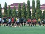 para-pemain-timnas-u-23-indonesia-menjalani-pemusatan-latihan-di-universitas-negeri-yogyakarta.jpg