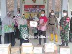 pd-aisyiyah-dan-igaba-lamongan-menyerahkan-bantuan-untuk-warga-sidodowo-kecamatan-modo.jpg