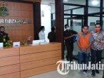 pegawai-bri-kcp-dolopo-kabupaten-madiun-yang-ditangkap-karena-diduga-mengkorupsi-dana-nasabah.jpg