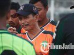 pelatih-persebaya-surabaya-djadjang-nurdjaman_20181004_091717.jpg