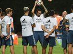 pelatih-tim-nasional-argentina-jorge-sampaoli_20180616_194639.jpg