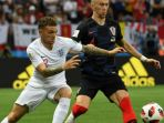 pemain-inggris-kieran-trippier-dalam-laga-kontra-kroasia-pada-semifinal-piala-dunia-2018_20180712_132415.jpg