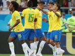 pemain-timnas-brasil-saat-merayakan-gol-ke-gawang-swiss_20180622_104326.jpg