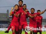 pemain-timnas-u-22-usai-laga-uji-coba-lawan-madura-united-di-stadion-gelora-bangkalan.jpg