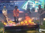pembakaran-hasil-tegahan-kppbc-kediri.jpg