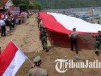 pembentangan-bendera-merah-putih-raksasa-di-kawasan-pantai-selatan-trenggalek.jpg