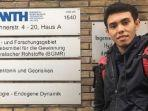 pemuda-indonesia-dari-buton-iban-kuliah-di-3-negara-3-universitas-dan-mendapat-3-gelar-sekaligus.jpg