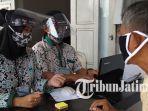 pendukung-melakukan-verifikasi-faktual-di-sekretariat-pps-kelurahan-sukorejo-kota-blitar1.jpg