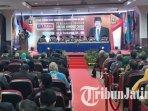 penganugerahan-gelar-doktor-honoris-causa-kepada-gubernur-jatim-soekarwo-di-umm.jpg