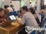 pengunjung-pameran-pendidikan-taiwan-di-universitas-airlangga-unair-surabaya_20181022_173337.jpg