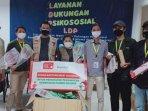 penyerahan-donasi-paket-olahraga-hi-qua-indonesia-untuk-tempat-isolasi-pasien-covid-19-wisma-atlet.jpg