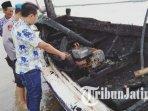perahu-nelayan-warga-dusun-bong-desa-pegagan-pademawu-pamekasan-hangus-terbakar.jpg