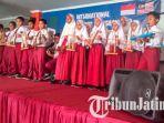 permainan-ansambel-yang-dilakukan-para-siswa-sd-muhammadiyah-26-surabaya_20181105_172348.jpg