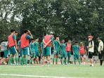 persebaya-gelar-latihan-perdana-di-stadion-bumimoro-surabaya-kamis-432021.jpg