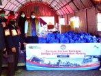 perum-jasa-tirta-i-memberikan-bantuan-200-paket-sembako-kepada-korban-gempa-di-kabupaten-malang.jpg