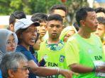 peserta-lombok-marathon-memprotes-panitia_20180130_075443.jpg