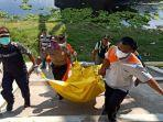 petugas-mengevakuasi-penemuan-mayat-perempuan-di-bantaran-bengawan-solo-di-desa-batokan.jpg
