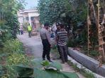 polisi-menggeledah-rumah-terduga-teroris-di-bojonegoro.jpg