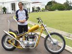 presdien-joko-widodo-dan-motor-modifikasi-chopperland_20180121_073025.jpg