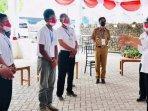 presiden-jokowi-berbincang-dengan-petani-porang-di-madiun.jpg