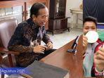 presiden-jokowi-melakukan-video-call-dengan-greysia-polii-dan-apriyani-rahayu.jpg