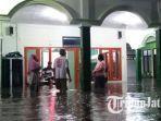 ratusan-rumah-warga-di-kota-madiun-tergenang-banjir.jpg