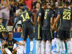 ronaldo-menangi-dikartu-merah-lawan-valencia-di-liga-champions_20180920_070631.jpg