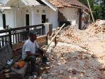 rumah-korban-gempa-bumi-di-dampit-malang.jpg