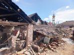 rumah-rusak-akibat-gempa-bumi-di-dampit.jpg