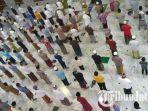 salat-tarawih-di-masjid-agung-asy-syuhada-pamekasan.jpg
