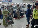 satgas-covid-19-tuban-razia-mall.jpg