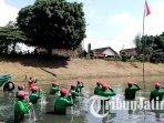 satgas-sungai-ngrowo-melakukan-upacara-bendera-hut-ke-76-proklamasi-kemerdekaan-ri.jpg