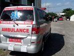 sebuah-ambulans-mengantar-pasien-di-rumah-sakit-darurat-covid-19-rsdc-uin-satu.jpg