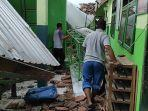 sejumlah-bangunan-rumah-sekolah-dan-kantor-di-kota-blitar-rusak-akibat-gempa-bumi.jpg