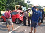 sejumlah-kendaraan-yang-terlibat-kecelakaan-beruntun-di-krian.jpg