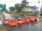 sejumlah-ruas-jalan-utama-di-kota-madiun-ditutup-untuk-mencegah-penyebaran-virus-corona.jpg