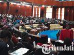 seminar-nasional-keris-nusantara-di-gedung-widyaloka-universitas-brawijaya-malang_20181015_145441.jpg