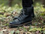sepatu-boots.jpg