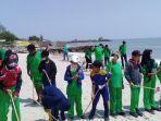 shangri-la-hotel-surabaya-melakukan-kegiatan-bersih-bersih-pantai-delegan.jpg