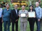 shangri-la-hotel-surabaya-raih-green-hotel-awards-pada-indonesia-sustainable-tourism-awards-festival.jpg