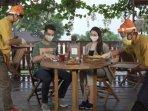 simulasi-new-normal-di-kafe-dan-restoran-banyuwangi-ilustrasi-restoran.jpg