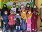 siswa-sd-di-kota-kediri-mengikuti-imunisasi-measles-rubella-antisipasi-campak-dan-rubella.jpg