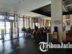 situasi-bandara-banyuwangi-ditutup-sementara-akibat-semburan-abu-vulkanik-gunung-raung.jpg