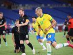 striker-brasil-richarlison-merayakan-golnya-ke-gawang-jerman-di-laga-olimpiade-tokyo-2020.jpg
