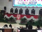 suasana-dalam-rapat-paripurna-mendengar-pidato-presiden-jokowi-di-gedung-dprd-kota-malang.jpg
