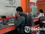 suasana-loket-kantor-pos-indonesia-cabang-malang.jpg